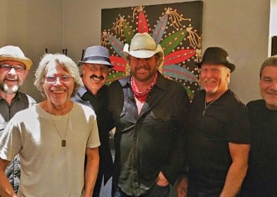 2016-5-20_Opry,_Toby_Keith_(640x322)