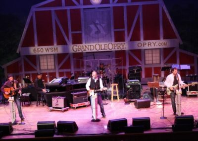 Exile_at_Opry_May_2010_022